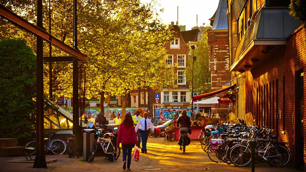 Dimentichiamoci uber amsterdam mostra come si usa la for Amsterdam economica